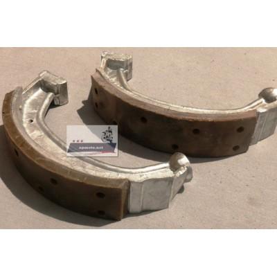 Тормозные колодки Днепр (Мт), К-750 (Касик) 2 шт. (КМЗ 815206540; 75006540)
